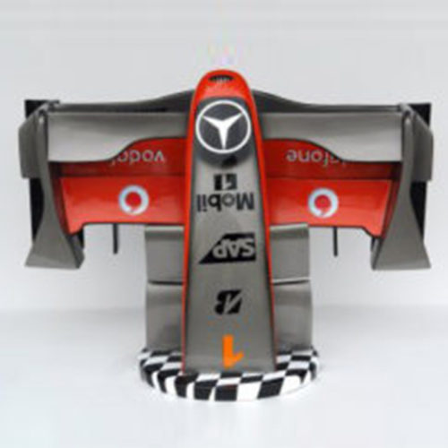Avant-F1-Mercedes-sur-socle-nlcdeco formule 1