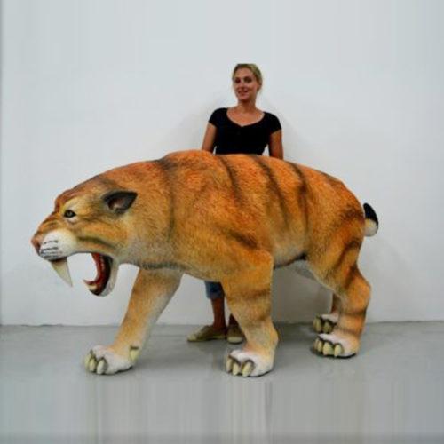 Tigre-dent-de-sabre nlc déco deco dimosaure en resine animaux