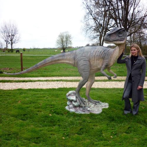 dinosaure allosaure grandeur nature nlcdeco