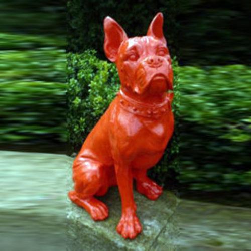 Bouledogue-assis-collier-rouge-animaux en résine nlcdeco