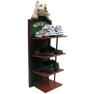 Chien range chaussures