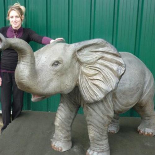 Éléphanteau animaux en résine nlcdéco deco