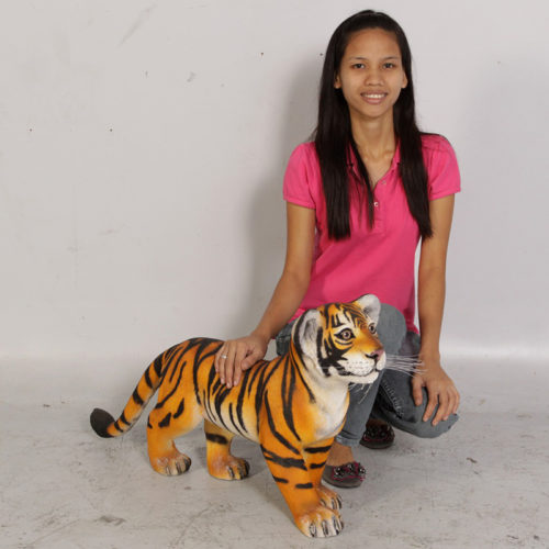Bébé tigre debout NLC DECO