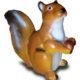 Écureuil tête en l'air