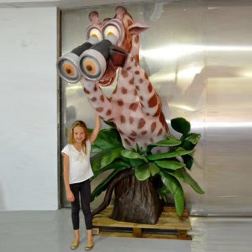 Girafe-exploratrice animaux en résine nlcdéco deco