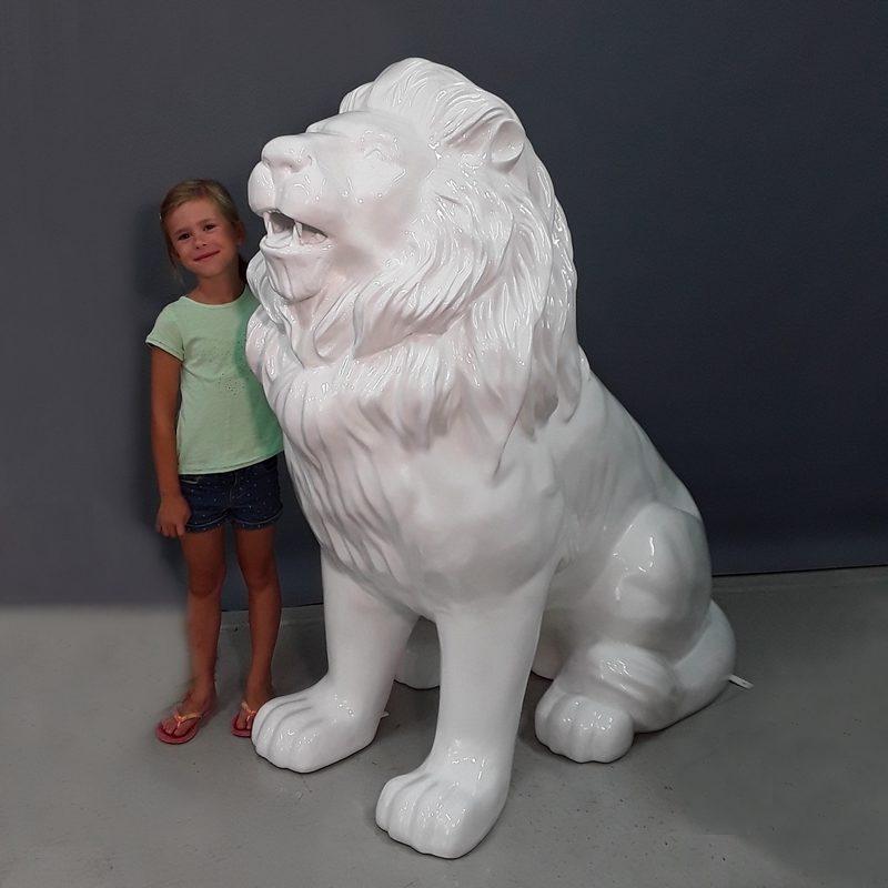Lion assis design nlcdeco
