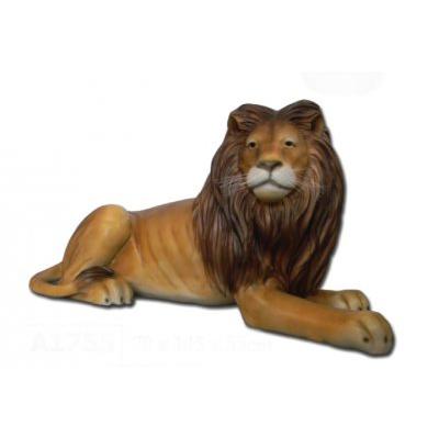 Lion couché en resine