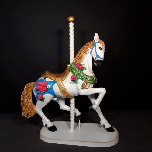 cheval-de-carrousel-en-résine-nlcdeco-.jpg