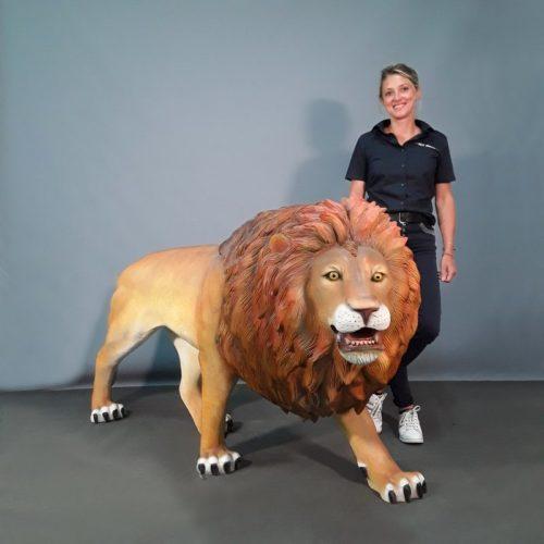 faux lion nlcdeco