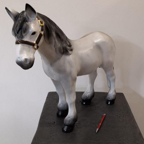 petit cheval blanc nlcdeco animaux ferme en resine plastique decoration