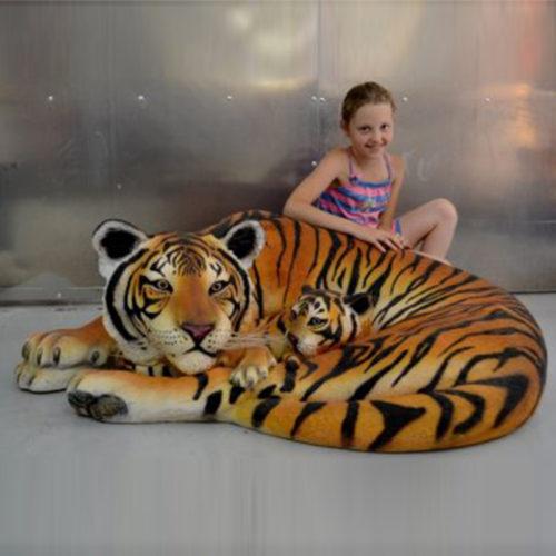 tigresse avec bébé 120011 nlcdeco nlc deco tigre