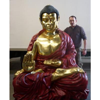 Bouddha assis géant