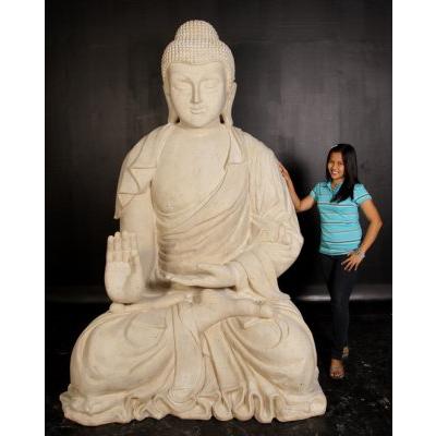 Bouddha géant pierre blanche