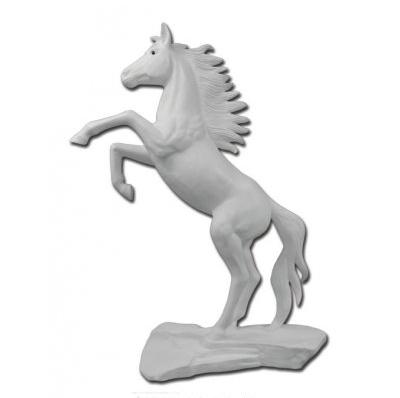 Grand cheval cabré blanc