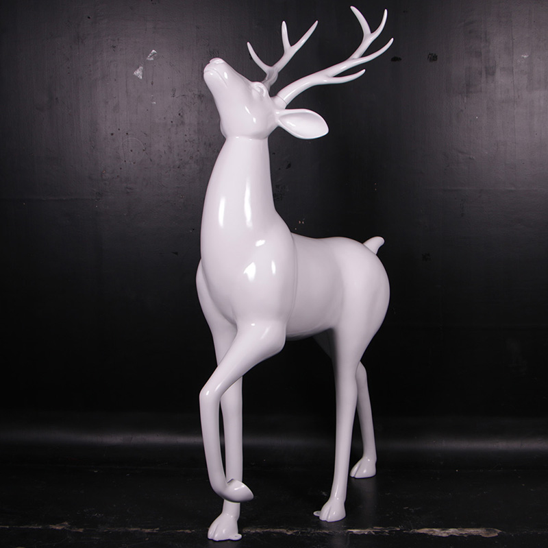 Renne Noël laqué blanc