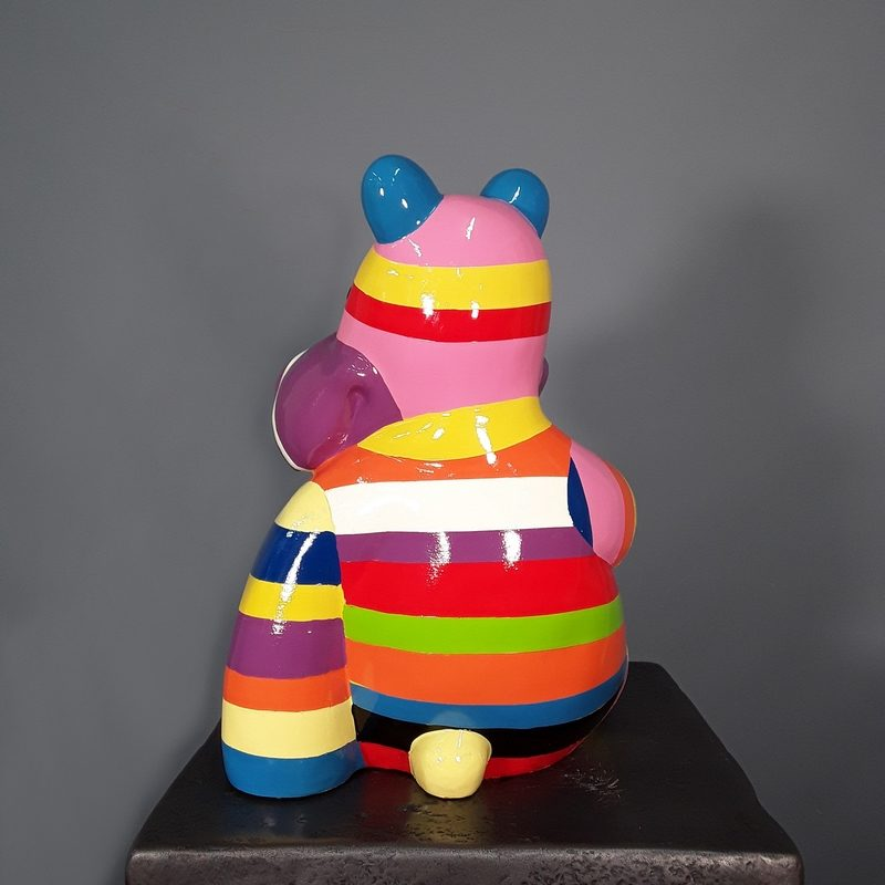 Hippopotame rayé de bandes colorés nlcdeco