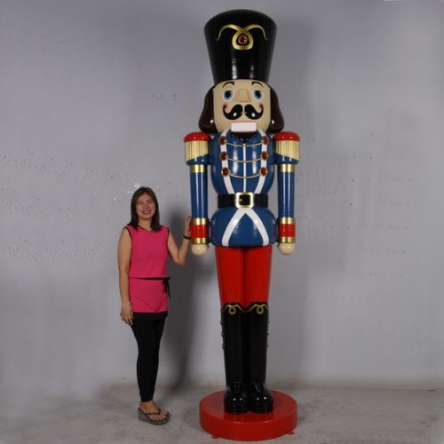 nutcracker giant resin