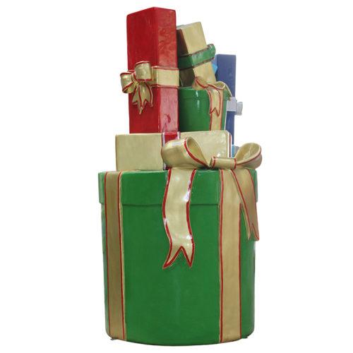 Paquets cadeaux empilées C