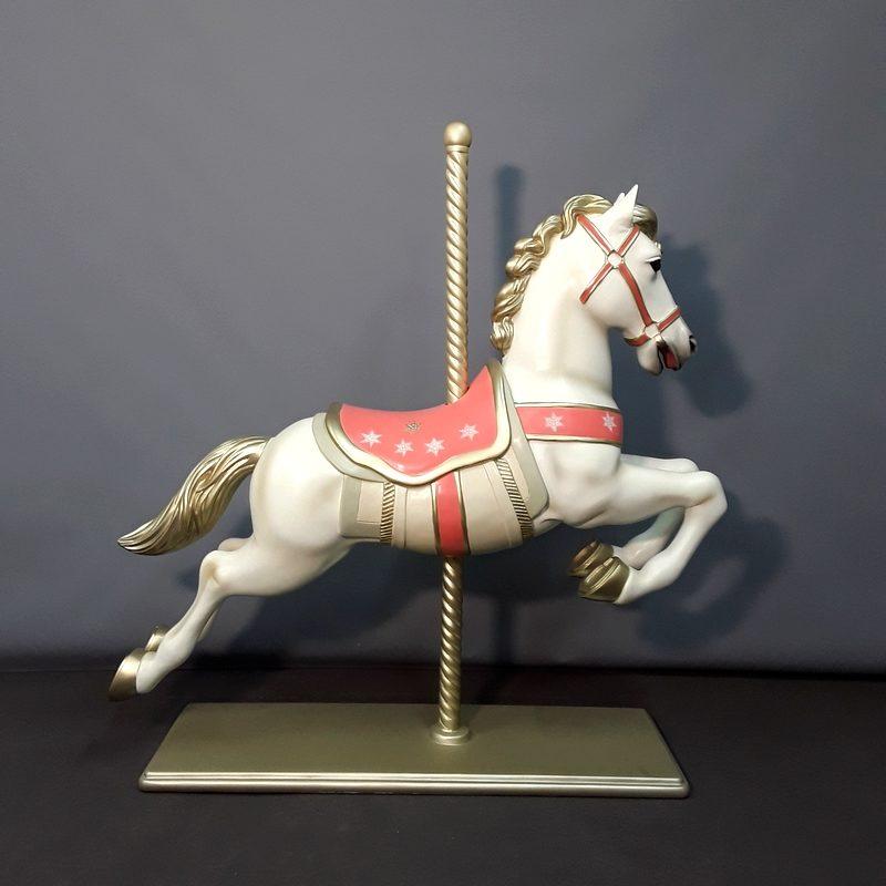 Statue résine Cheval de manège nlcdeco