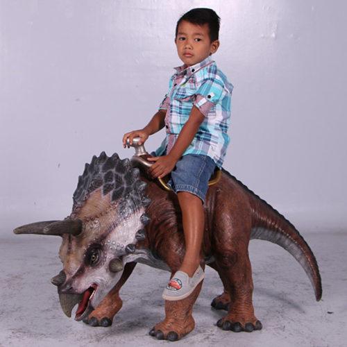 Triceratops à chevaucher 150049 jouet enfant nlcdeco nlc deco