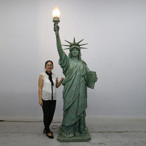 Statue de la liberte geante nlc déco NLC DECO180161 USA liberté new york décoration jardin eclairage