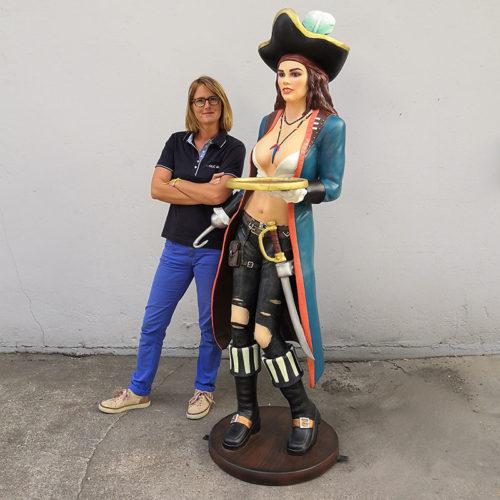 Serveuse sexy pirate 180 cm r316 personnage en resine nlcdeco.fr decoration pirate corsaire