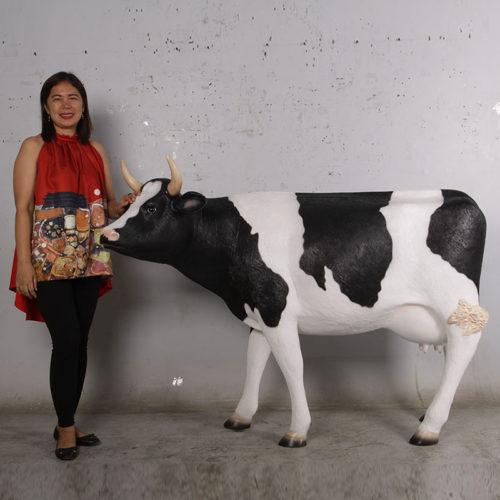 190047 veau vache nlcdeco animaux en resine decoration exterieur