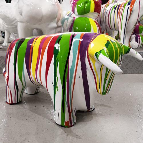 Taureau design petit modèle nlcdeco animaux de décor en résine.