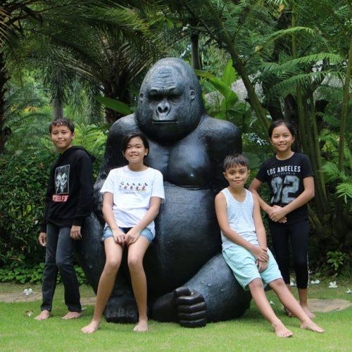 grand-gorille-en-résine-nlcdeco.jpg