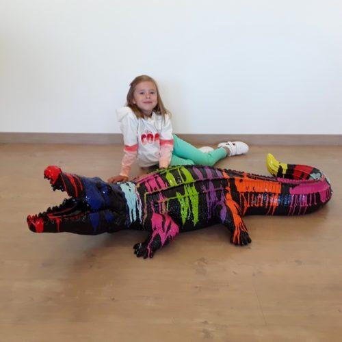 Crocodile noir en résine coloré nlcdeco