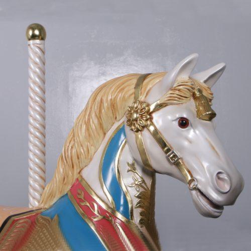 tête du cheval de carrousel