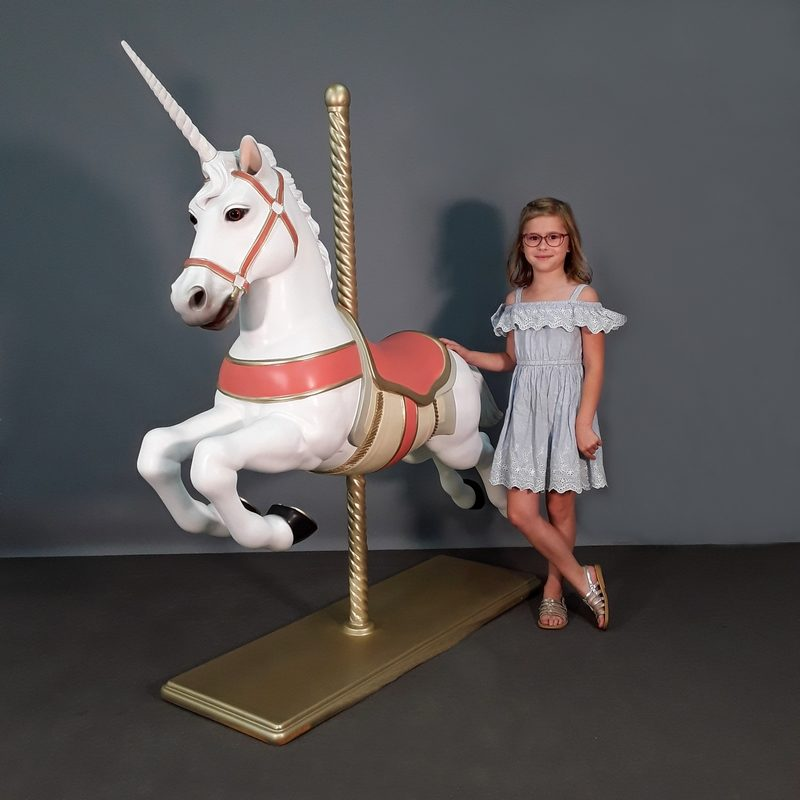 Cheval licorne de manège nlcdeco