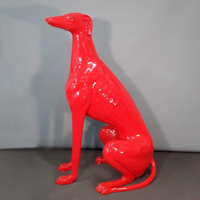 Lévrier assis rouge décor moderne nlcdeco