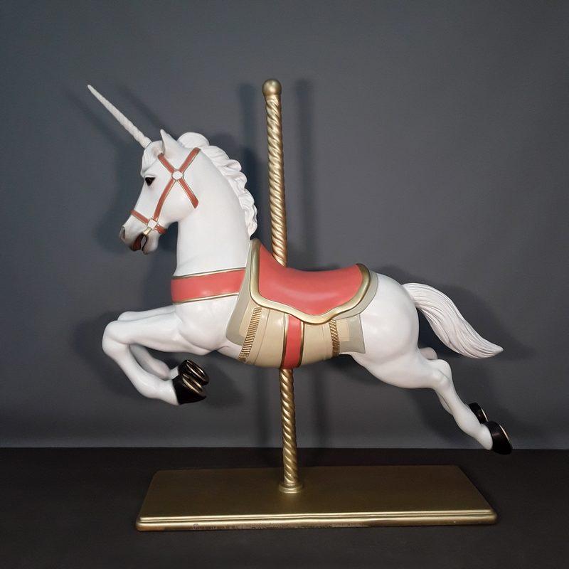 merry-go-round horse nlcdeco