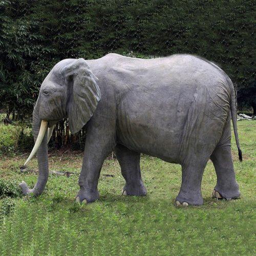 ELEPHANT-GRANDEUR-NATURE-NLC-DECO.jpg