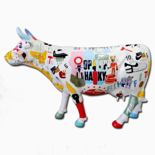 grande vache décorée en resine