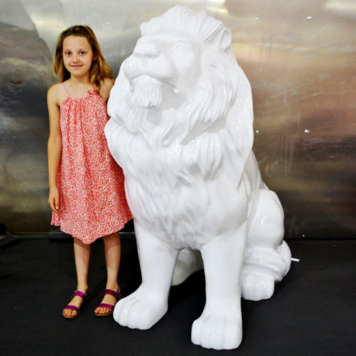 lion design decor evenementiel jungle exotique lion assise blanche en resine nlcdeco animaux personnage décor en résine nlcdeco