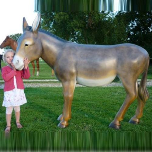 Ane-grandeur-nature-en-résine-marron animaux décoration statue en résine nlcdéco deco