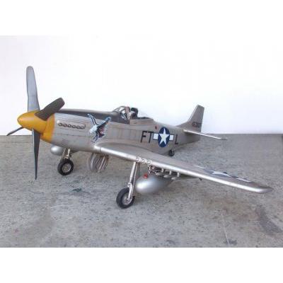 Avion Mustang