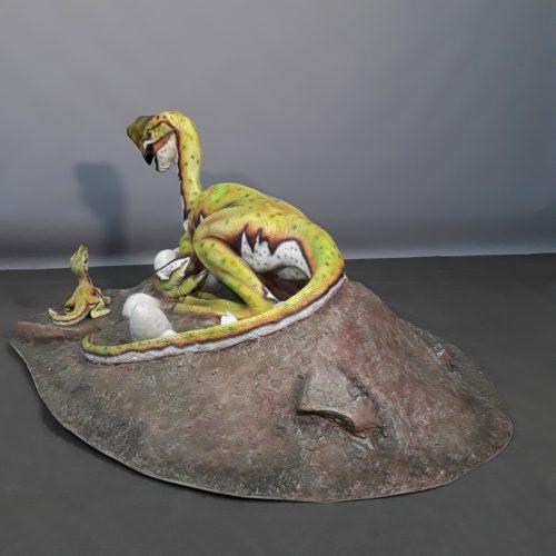 reproduction résine Oviraptor musée nlcdeco