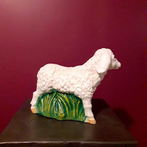 resin lamb nlcdeco