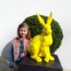 Faux grand lapin couleur jaune nlcdeco