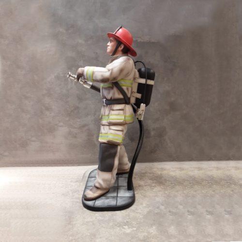 reproduction résine Pompier nlcdeco